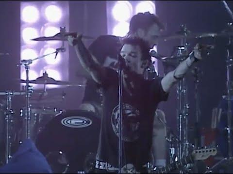 """Sum 41 - """"Still Waiting"""" (Live in Tokyo)"""