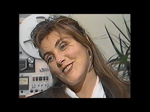 """Laura Branigan - """"Touch"""" Album Promo Interview [cc] - CNN Showbiz Today (1987)"""