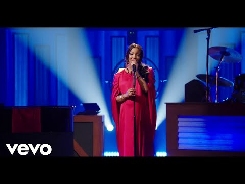 Mickey Guyton - Make You Feel My Love (Live From Stand Up For Heroes 2020)