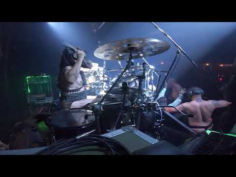 GWAR - If You Want Blood You Got It (AC/DC cover, live)