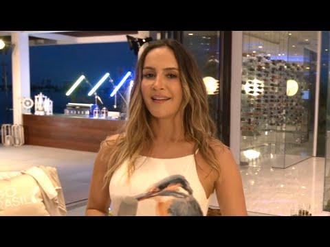 Claudia Leitte - Bola de Sabão - Young Living Brasil