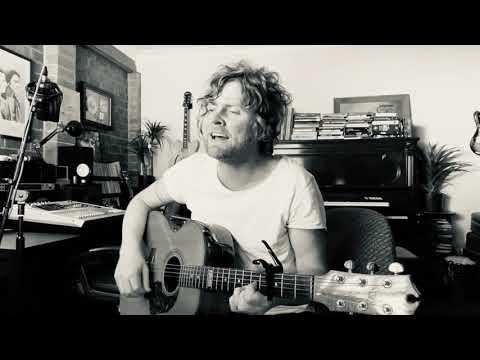 BOB EVANS - Born Yesterday acoustic