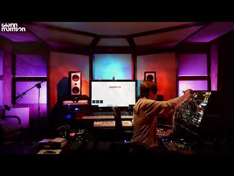 Glenn Morrison - Alpine Bunker Sessions - Melodic House Live Jamming