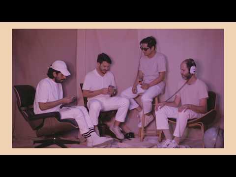 Technicolor Fabrics - Dale Calma (Lyric Video Oficial)