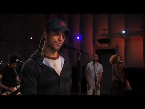 Enrique Iglesias - Be With You (Live) Walmart Soundcheck