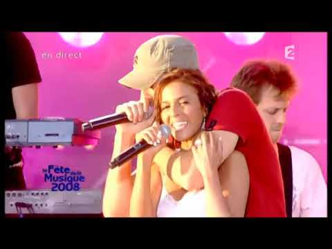 Enrique Iglesias Feat. Nadiya - Tired of Being Sorry (LIVE) Féte de la Musique 2008