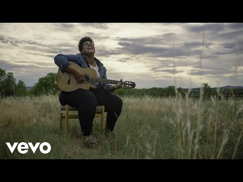 Brittany Howard - Stay High (Acoustic)