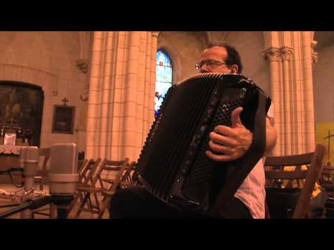 Richard Galliano plays Bach (Trailer)