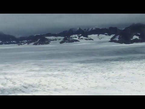 Dirty Projectors - Searching Spirit (Lyric Video)