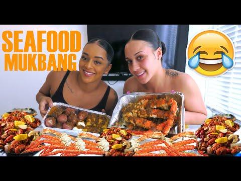 Eat With Paige #1   Seafood Boil   FUNNIEST MUKBANG EVERRRRRR!