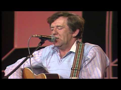 The Dubliners - The Craic Was Ninety (Live at the National Stadium, Dublin)