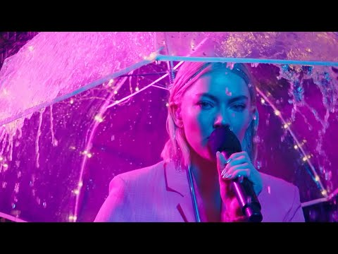 Astrid S - Airpods (Live at P3 Gull)