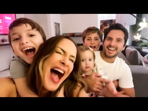 Claudia Leitte festeja o Natal com Família