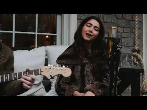 Dana Salah - Willow (Taylor Swift) / Nassam Alayna El Hawa (Fairuz) نسم علينا الهوى Mashup