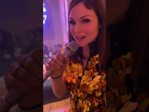 Sophie Ellis-Bextor - New Year Kitchen Disco (Live on Instagram 8/1/21)