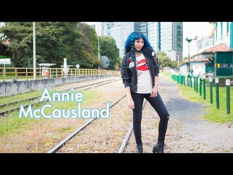 Reel Televisión Annie McCausland - Actriz y cantante - corto