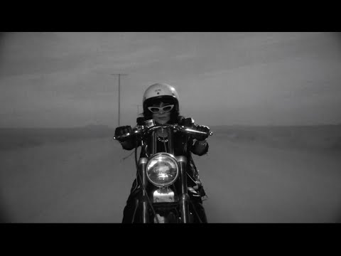 L.A. Witch - Motorcycle Boy (OFFICIAL VIDEO)