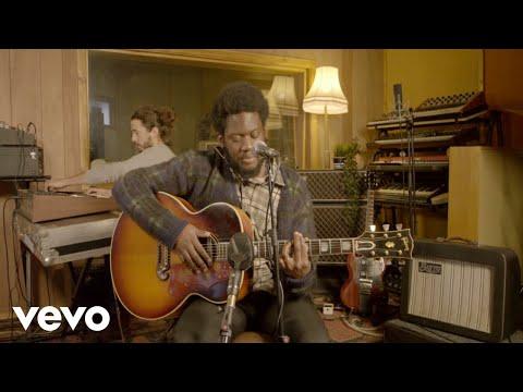 Michael Kiwanuka - You Ain't The Problem (The Tonight Show Starring Jimmy Fallon 2021)
