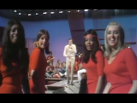 """Ray Stevens - """"Hit Record"""" (Live on The Ray Stevens Show, 1970)"""