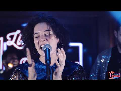 "Sammy Rae & the Friends - ""Creo Lo Sientes"" (Live at the Print Shop)"