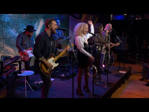 Little Big Town - Over Drinking (YouTube Space NYC)