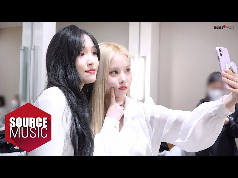 [Special Clips] EUNHA and YUJU's Christmas Stage Behind - GFRIEND (여자친구)