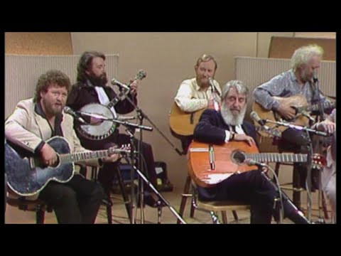 The Dubliners - I Loved The Ground She Walked Upon (ft. Jim McCann)