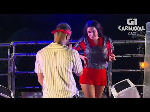 Claudia Leitte canta com MC Zaac em Salvador - Carnaval 2020