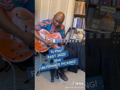To Play Fast Jazz! Use Alternate Picking! #Shorts #AlternatePicking