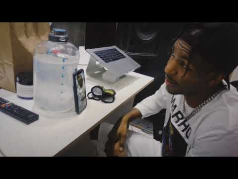 King Los on IG Live dropping knowledge to young artists on the come up!!!