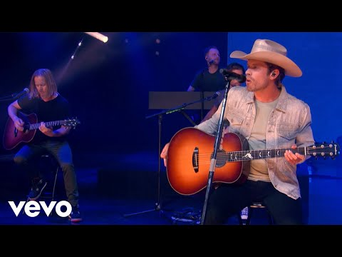 Dustin Lynch - Hell Of A Night (Live Acoustic)