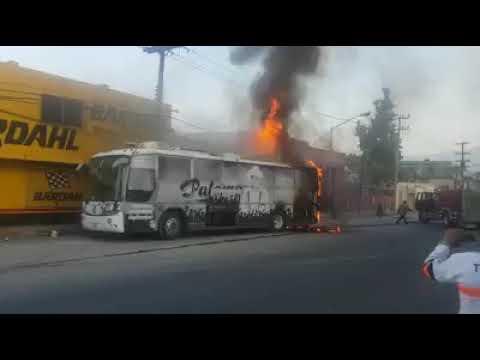 QUEMA DE EL AUTOBUS DE PALOMO