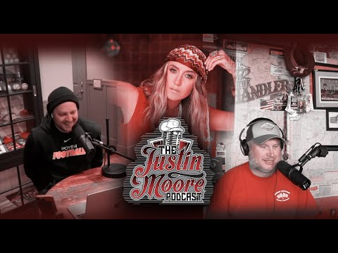 The Justin Moore Podcast - Episode 3 (Season 3): Things A Podcast Oughta Know (feat. Lainey Wilson)