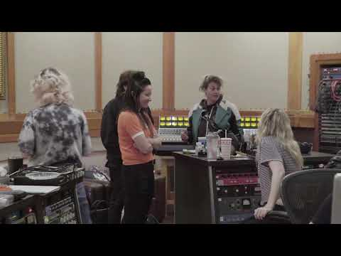 """Deap Vally - making """"High Horse"""" in the Studio (pt. 3)"""