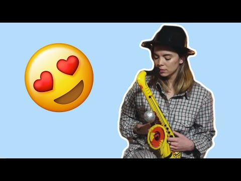 Cristal gets acquainted with the sax | The Aces Livestream Recap
