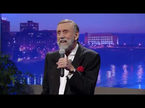 """Ray Stevens - """"Hang Up And Drive"""" (Live on CabaRay Nashville)"""