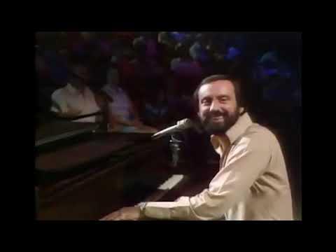 """Ray Stevens - """"Misty"""" (Live, 1975)"""