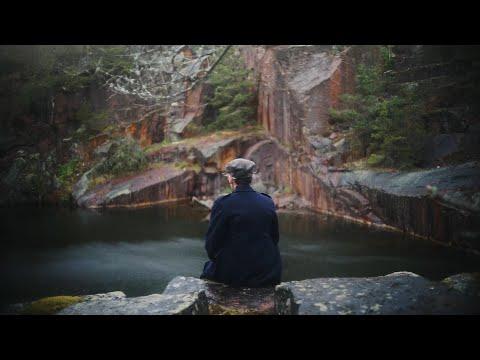 Future Islands - Glada (Official Video)
