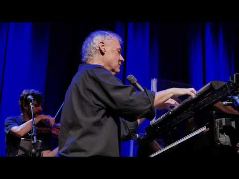 Bruce Hornsby & The Noisemakers - Barren Ground (Live)