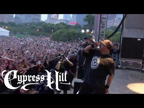 "Cypress Hill - ""Rock Superstar"" (Live at Lollapalooza 2010)"