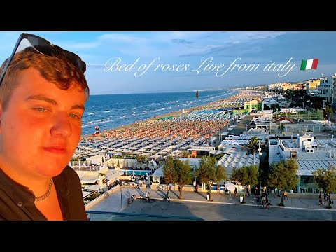 Bed of roses cover by Kyle Tomlinson live from the Hotel Terrazza Marconi
