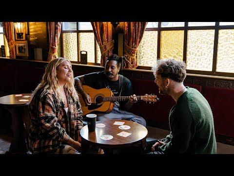 Ella Henderson x Tom Grennan - Let's Go Home Together  [Official Live Video]