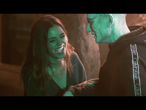 Victoria Justice - Stay (Behind The Scenes)
