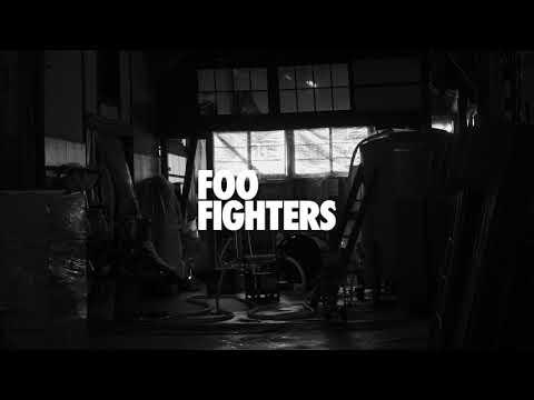 Foo Fighters – Medicine At Midnight (Original Sake Making Video)