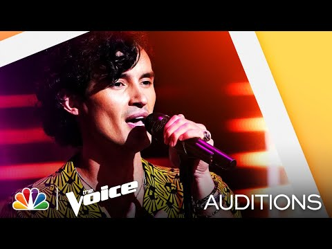 """Conner Snow Has a Really Interesting Tone on Sam Fischer's """"This City"""" - Voice Blind Auditions 2021"""