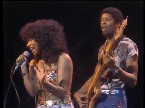 The Midnight Special More 1974   17   Rufus & Chaka Khan   Tell Me Something Good