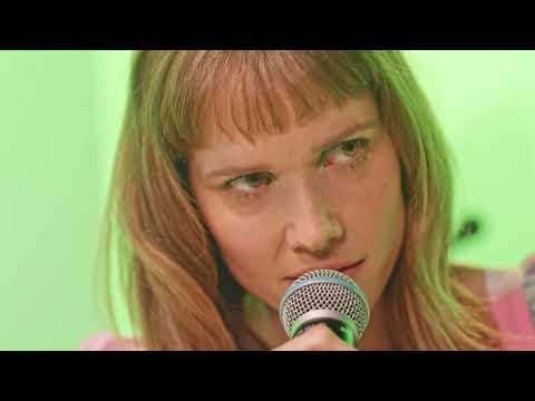 Listen A Little Less (Samsung Music Galaxy Session)(Official Music Video)
