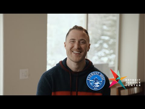 Mike Posner climbs Mount Everest for the Detroit Justice Center