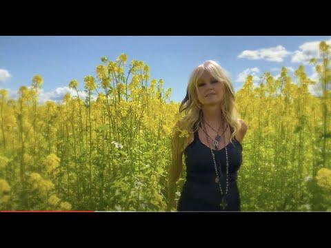 "Mindi Abair ""April"" - Official Music Video"