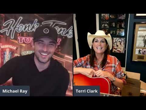 Terri Clark Sold Reba McEntire Boots | Honky Tonk Tuesday
